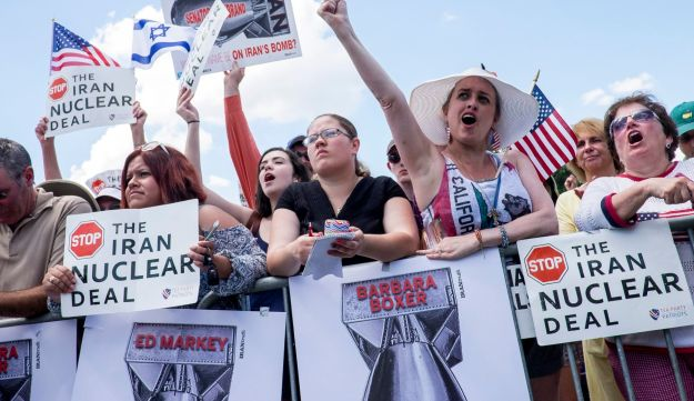 A Tea Party Patriots rally against the Iran nuclear deal in Washington, D.C., Sept. 9, 2015.