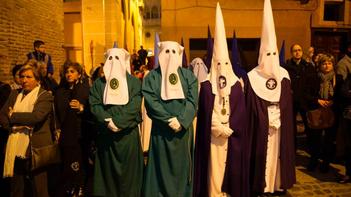What Does The Official Uniform Of The Kkk Have To Do With Medieval