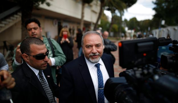 Avigdor Lieberman outside the Kastina military courthouse, March 29, 2016.