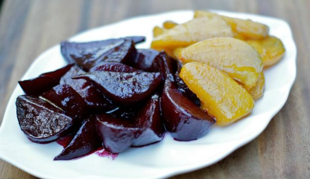 Red and golden beet tzimmes