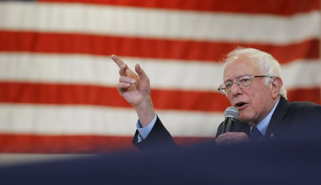 Democratic presidential candidate Bernie Sanders addresses a crowd of supporters during a campaign rally in Gettysburg Pennsylvania, April 22, 2016.