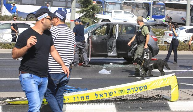 The scene of a shooting attack in Jerusalem, October 9, 2016.