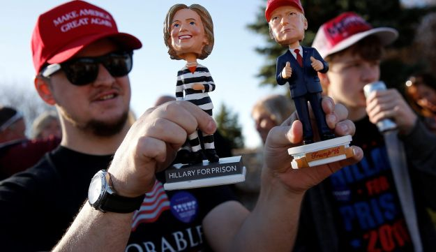 Supporters stand in line to attend a Trump rally at Minneapolis Saint Paul International Airport in Minneapolis, Minnesota, U.S. November 6, 2016.