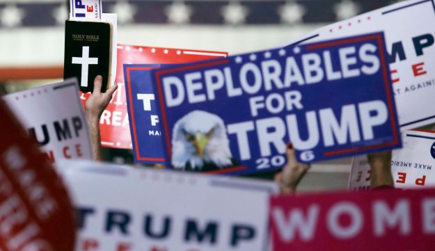 Donald Trump supporters in Manchester, New Hampshire, November 7, 2016.