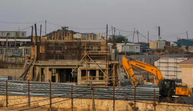 Construction in the West Bank settlement of Efrat, 2014.