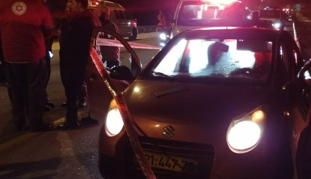 A shooting attack in the West Bank: An unidentified attacker fired from a car near outpost Havat Gilad.
