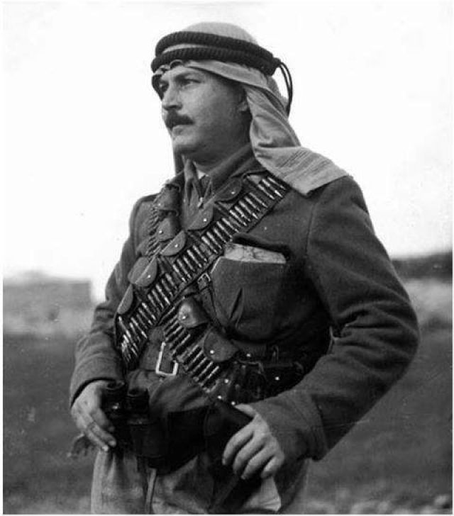 Arab commander Abdel al-Qadir al-Husseini during the War of Independence.