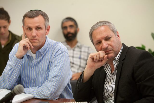 Yaakov Quint, left, the head of the Government Companies Authority.