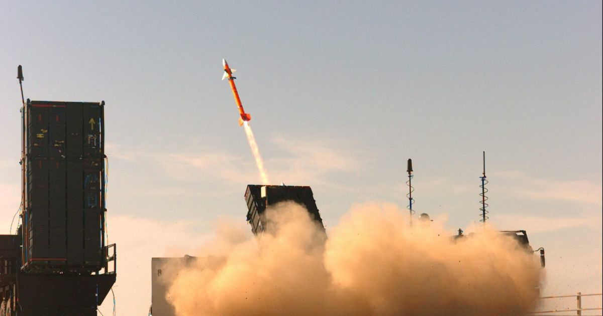 Israeli Air-defenses Activated After Syrian Missiles Detected Heading Into Israeli Territory