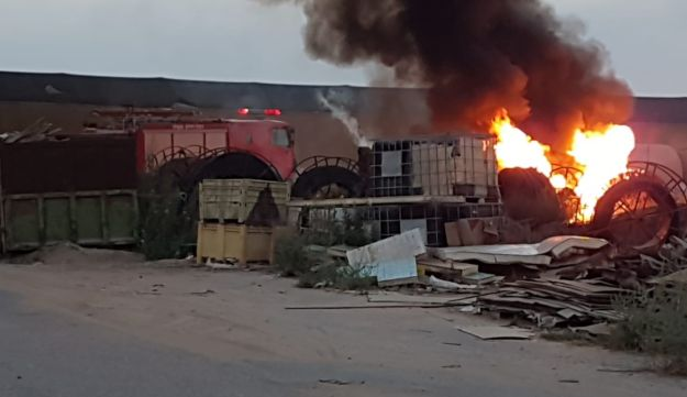A fire started in the Eskhol Regional Council after a rocket fell there on August 9, 2018.