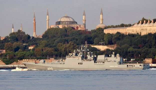 Russian Navy's frigate Admiral Essen sails in the Bosphorus, on its way to the Mediterranean Sea, in Istanbul, August 25, 2018