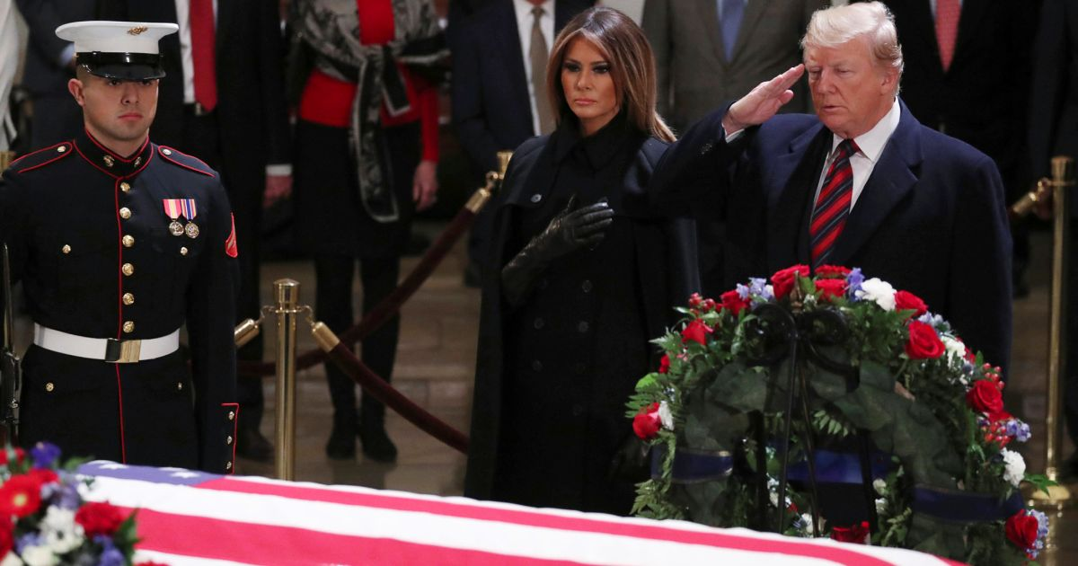 Bush Threw Secret Shade At Trump During Father S Funeral Jokes