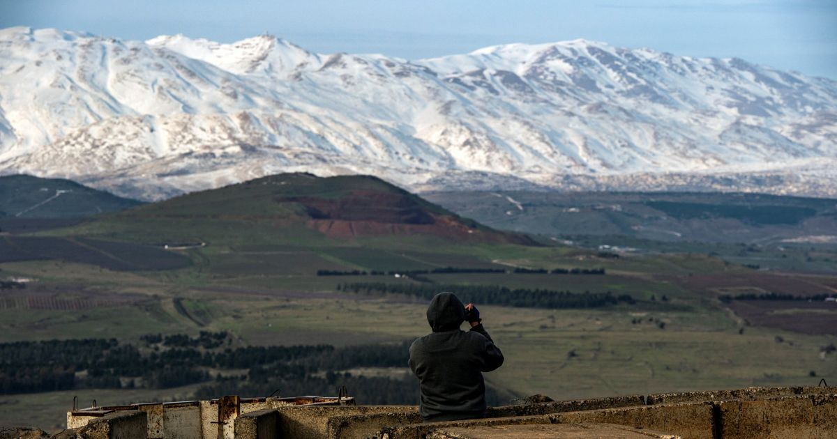 Israeli Officials: Iran to Escalate Responses to Strikes in Syria