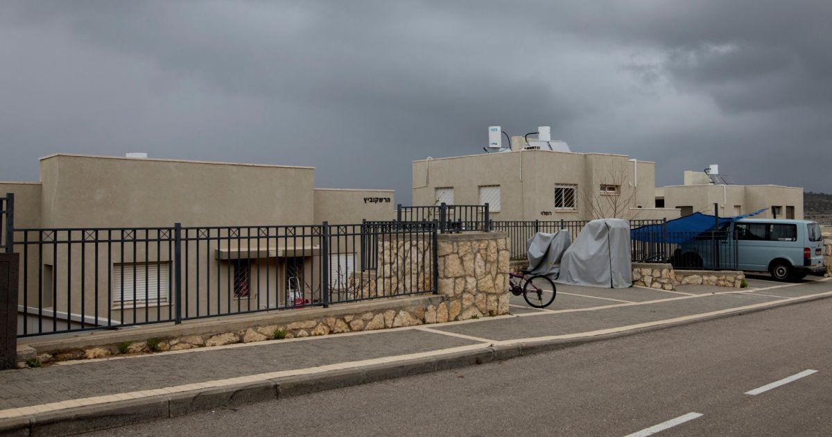 Israel says will legalize West Bank homes built on private Palestinian land