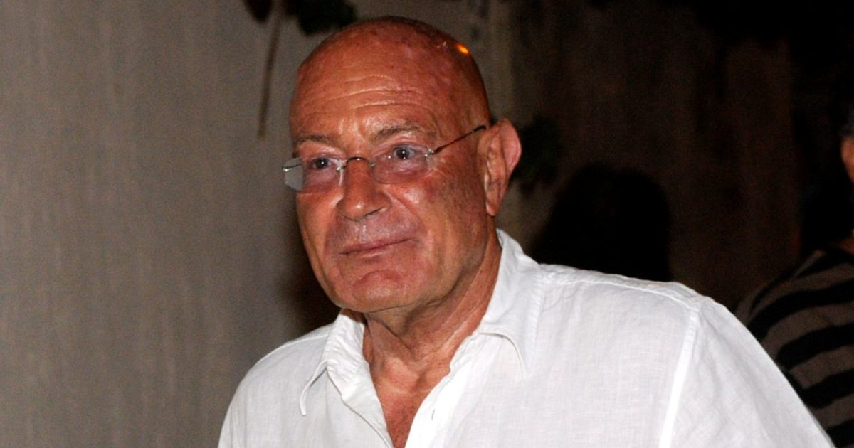 How ex-Mossad Chief Enlisted Hollywood Mogul Arnon Milchan to Help Putin Associate