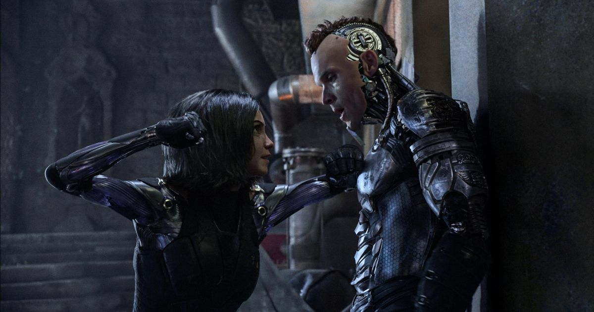 'Alita: Battle Angel': A tiny heroine proves size doesn't ...