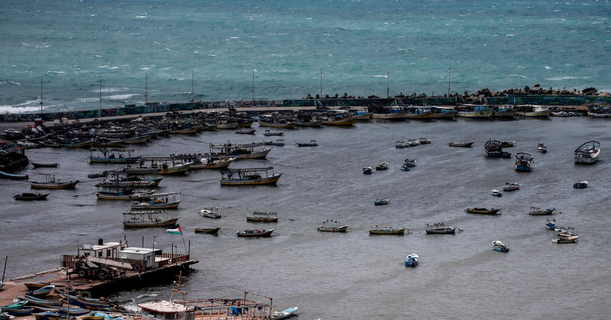 Israel expands Gaza fishing zone to furthest in over two decades after flare-up - Israel News -   Haaretz.com