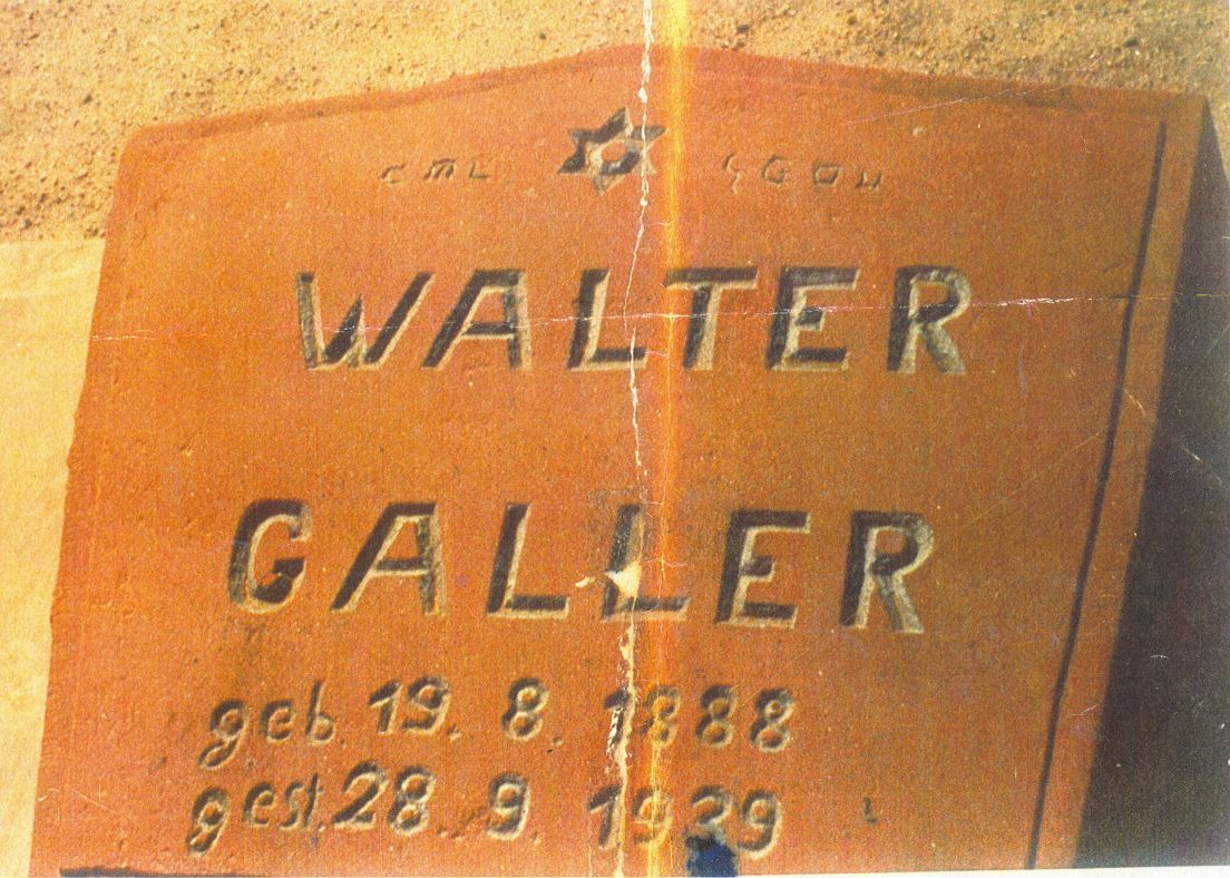 "648363521fc92 The headstone on Walter Galler's grave with the inscription ""kosher for  Pesach,"" which was erased in the 1970s, in Swakopmund, Namibia."