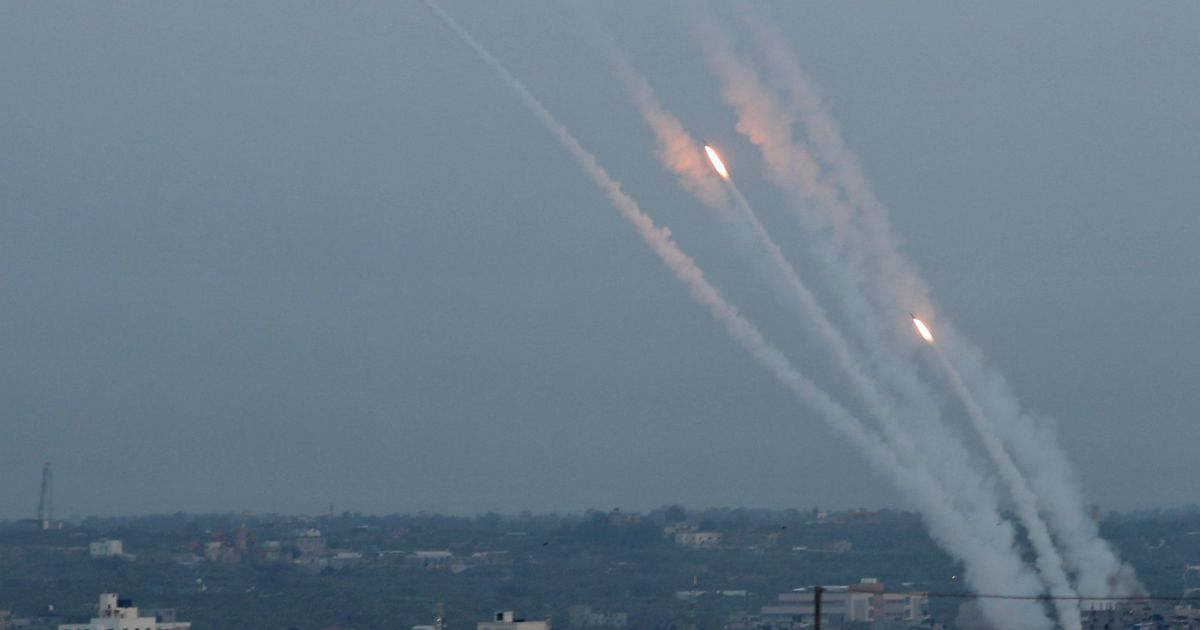Israel and Hamas are bartering, weapon in hand  The end