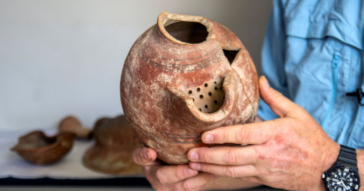 Israeli archaeologists resurrect 5,000-year-old yeast and make beer from it - Archaeology - Haaretz.com
