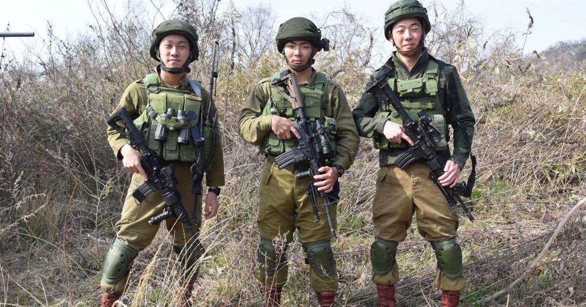 Forget AIPAC, the Israeli Army's Biggest Fan Can Be Found in Japan
