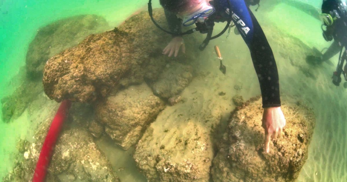 Ancient Fortress Discovered Off Israel's Northern Coast Solves a Seleucid Mystery