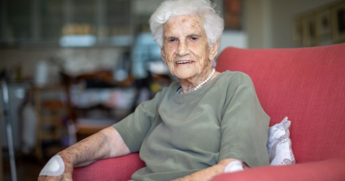 The wartime rescue you've never heard about, told by the 100-year-old Jewish woman who led it
